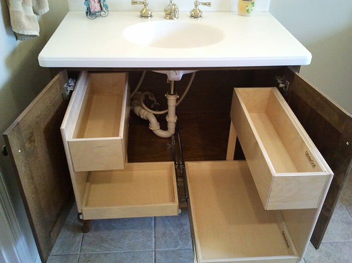 How to remove a bathroom vanity (1)