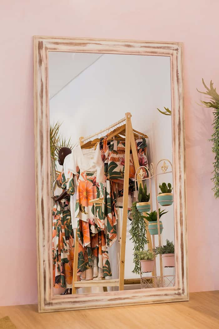 cluttered room mirror